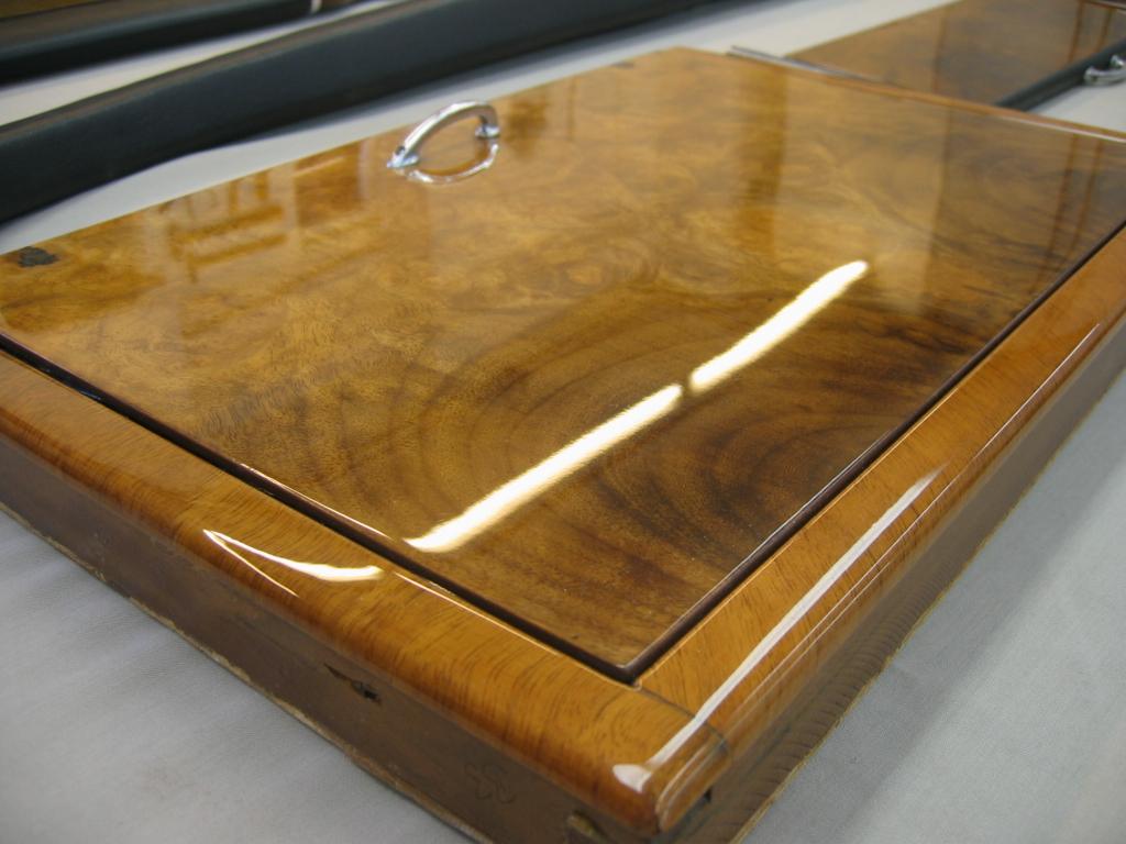 vintage mercedes wood trim. Black Bedroom Furniture Sets. Home Design Ideas